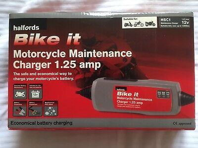*Halfords Motorcyle Maintanence Charger 1.25amp 12v