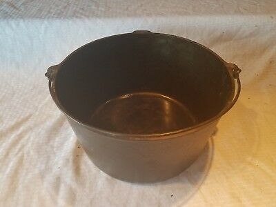 Griswold Erie Cast Iron Vintage no. 12 Maslin Kettle 12 Qt Pot PN 937 slant logo