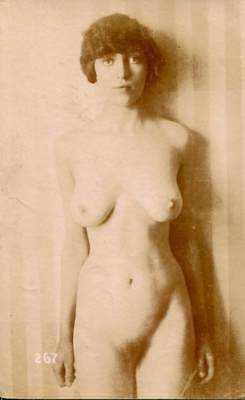 BEAUTIFUL NUDE C. 1910-1920s OLD ORIGINAL postcard