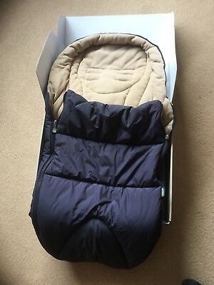 Mamas and Papas Cold Weather footmuff - navy blue / cream