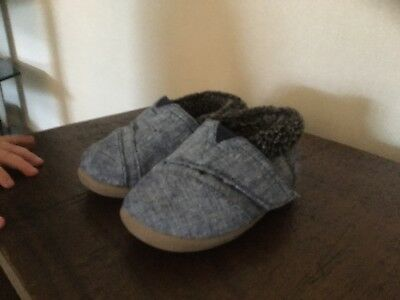 Baby's Toms House Slippers Size 4