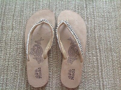 c016fed0c502d2 MUDD WOMENS L 9-10 flat flip flop sandal with silver beaded accent ...