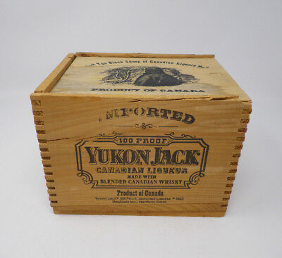 1982 Wood Yukon Jack Blended Canadian Whiskey Box with Sliding Lid Black Sheep