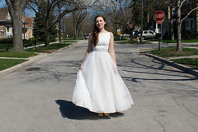 Vintage Wedding Dress: Perfect for your wedding OR an awesome Halloween costume