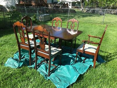VINTAGE DINING ROOM Drop Leaf TABLE with Lion Pull feet & 6 CHAIRS SET