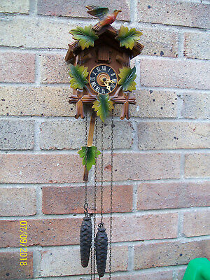 Vintage Collectable Black Forest style Forestall Cuckoo clock / complete in GWO