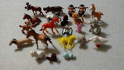 Lot Of 22 Mini toy  Plastic Animals