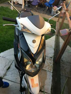 2015 sym jet 4 125 cc scooter moped spares or repair