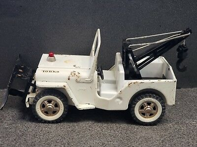 """Vintage 1960s Tonka Jeep Wrecker Tow Truck with Snow Plow Pressed Steel 12"""""""