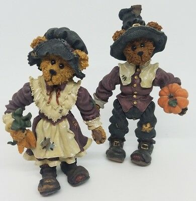 Boyds Bears Miles & Virginia Grizberg Thanksgiving Pilgrim Figurine Pumpkin Corn