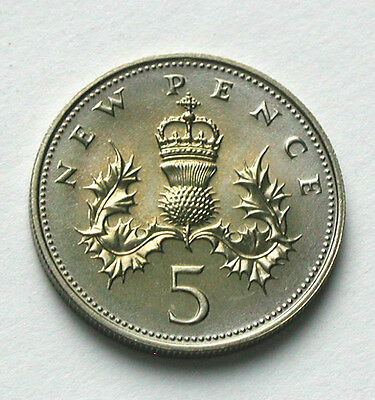 1979 UK (British) Coin - 5 Pence - UNC faint yellow color toning (from mint set)