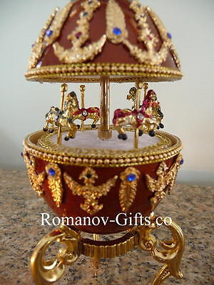 """Russian Imperial Musical Carousel Egg Strauss """"BLUE DANUBE"""" & pendant Necklace"""