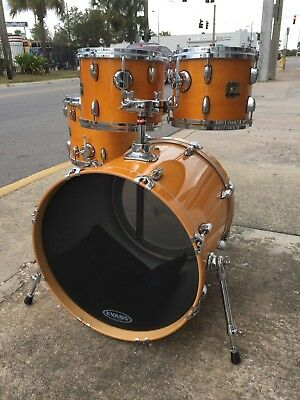 Gretsch Renown Maple Honey Amber Lacquer