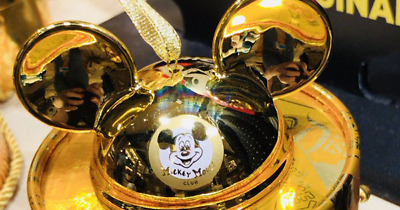 2018 Disney Parks Mickey Mouse Club GOLD Ear Hat Ornament Limited Edition 2000