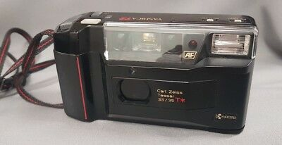 Yashica T2 mit Carl Zeiss Tessar T* 3.5 35mm AF