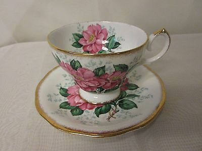 "Queen Anne Fine Bone China England ""Camellia"" Footed Teacup & Saucer Pink Flower"