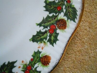 QUEEN'S CHRISTMAS 'YULETIDE' 27cm DINNER PLATE HOLLY&BRUSHED GOLD NEW&UNUSED 1st