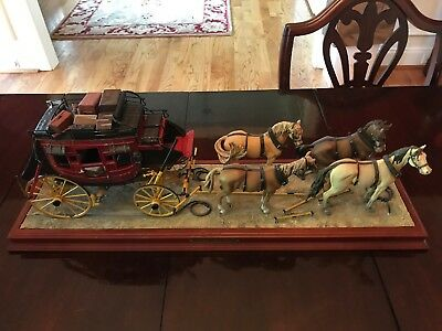 FRANKLIN MINT WELLS Fargo Stage Coach 1:16W/Base And Horses