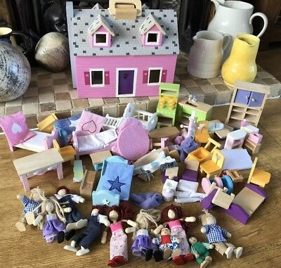 Melissa Doug Wooden Fold Up Dolls House Furniture And People Vgc