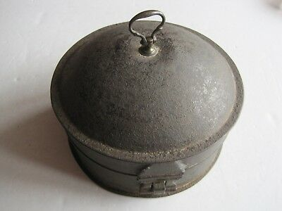 Antique Victorian Tin Spice Container Complete With Original Nutmeg Grater