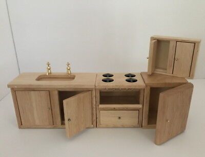 Dolls House Miniature 1:12th Scale Pine Kitchen