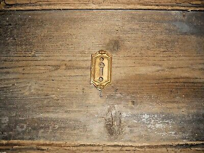 VTG 1 VICTORIAN FANCY CAST BRASS Door Lock Skeleton KEY HOLE COVER Back Plate