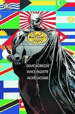 Batman Incorporated Deluxe HC Vol 01 (Batman (DC Comics) 9781401232122