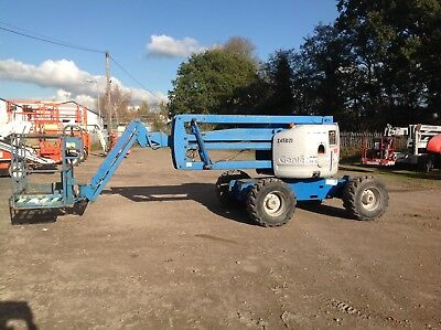 Cherry picker access platform boom lift genie jlg Niftylift Skyjack