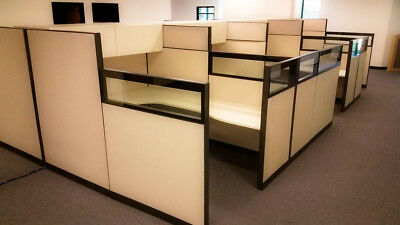 HERMAN MILLER CUBICLES / Office Cubicles Systems Workstation Furniture/GLASS TOP