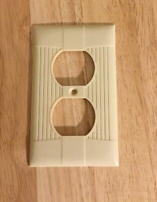 Vtg Art Deco Ribbed Ivory Eagle  Bakelite Light Switch Plate Cover