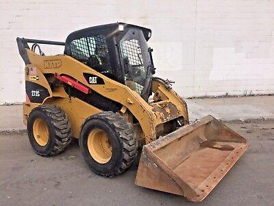 2010 CAT 272C Skid Steer Loader - 2,037 Hrs - Closed Cab - 8,362 lbs - New Tires