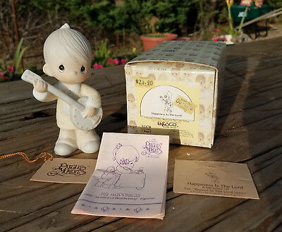 1990 Precious Moments Boy with Banjo ~ Happiness Is The Lord ~ 12378