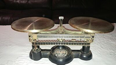 Ohaus Vintage Antique Cast Iron Harvard Trip Balance Scale 2Kg 5Lb Made In Usa