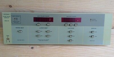 Wiltron Tracking Sweeper Controller Model 661 Front Panel