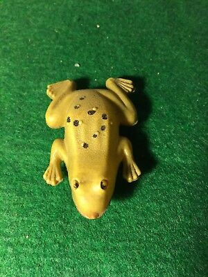 Vintage Celluloid Frog From The Early Fifties 2.5 Inches Hand Painted Rare!!