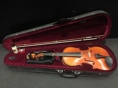 Skylark 2nd Hand Used 4/4 Violin Outfit- Clearance!!