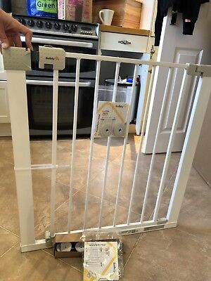 Safety 1st SecurTech Simply Close Metal Gate, White