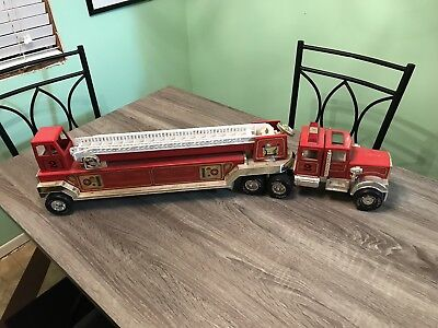 Vintage 1970s TONKA Hook and Ladder Fire Truck #2