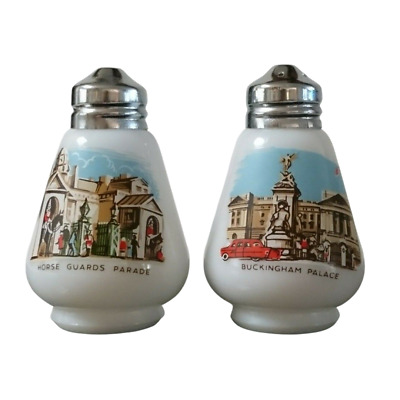 Vintage Salt and Pepper Shakers Royalty Buckingham Palace Horse Guards Parade