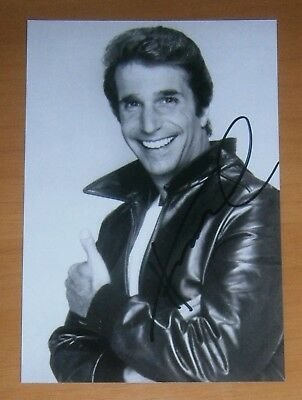 AUTOGRAFO HENRY WINKLER hand signed HAPPY DAYS  as THE FONZIE CULT ITALIA 1 TV
