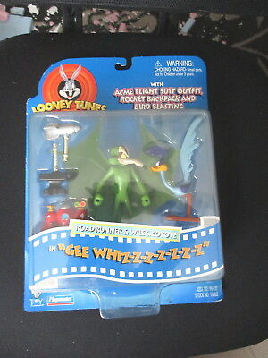 Vintage Looney Tunes Gee Whizzzzz Road Runner Wile E Coyote Action Figures 1997.