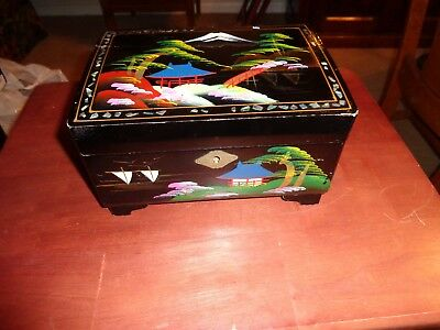 Vintage - Oriental - Black Lacquer WORKING  Music Box, Jewelry BOX Japan