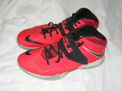 5fb3bc54702c Nike Lebron ZOOM Soldier VII Men s Shoes Size 9.5 (599264-602) Red
