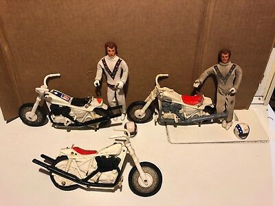 Lot Of 1972 Evil Knievel Motorcyles And Action Figures Collectible Vintage Rare