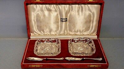 1937 Harrods set of two butter dishes with solid silver butter knives boxed