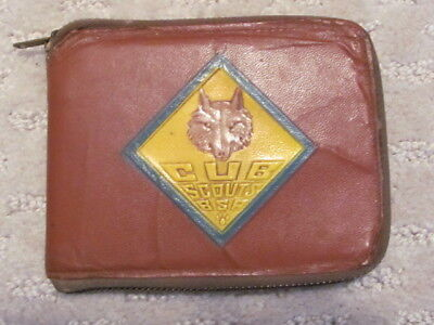 Vintage Cub Scout Wallet with Zipper  --  1956  -- Boy Scouts BSA CSWallet