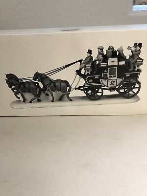 Mint! DEPARTMENT 56 ~ HERITAGE VILLAGE ~ HOLIDAY COACH~ ACCESSORY ~ 55611