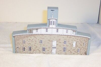 Cat's Meow Village: THE SHAKER BARN from the 1995 American Barn Series