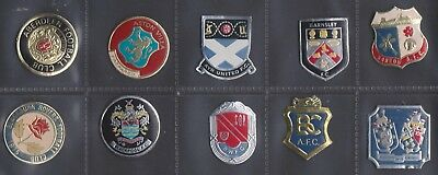 UNUSED 1970's ESSO FOOTBALL FOIL CLUB BADGES - SELECT THE TEAM YOU NEED