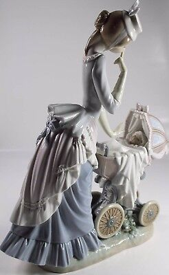 Stunning Tall 12.5 Lladro 4938 Baby's Outing Baby Carriage Figurine Retired 2000